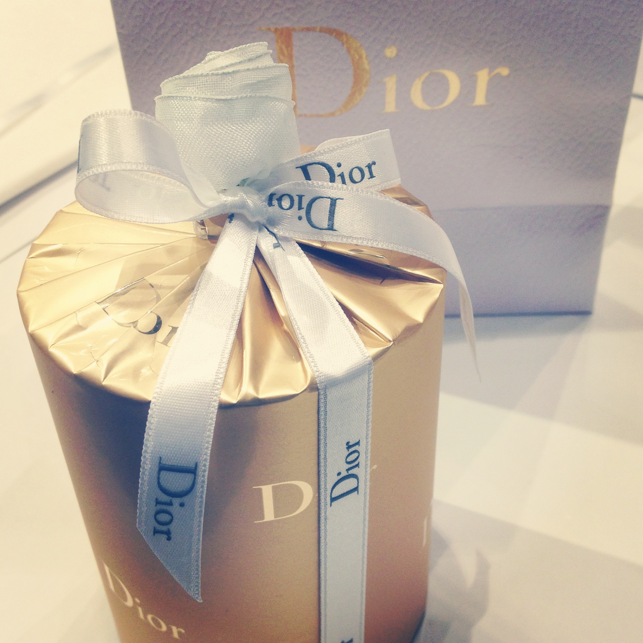 Luxury Gift Wrapping in Paris - Jane Means