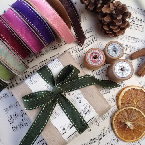 Autumn gift wrapping