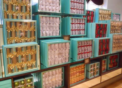 Christmas-Fortnum-Mason-London-Christmas-Crackers