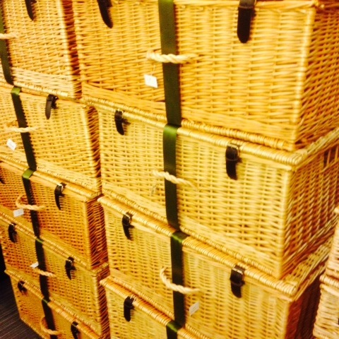 basket wicker hampers