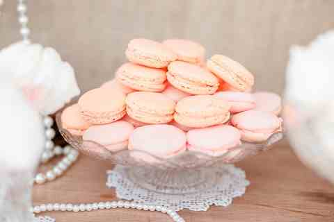 bloved wedding macaroons