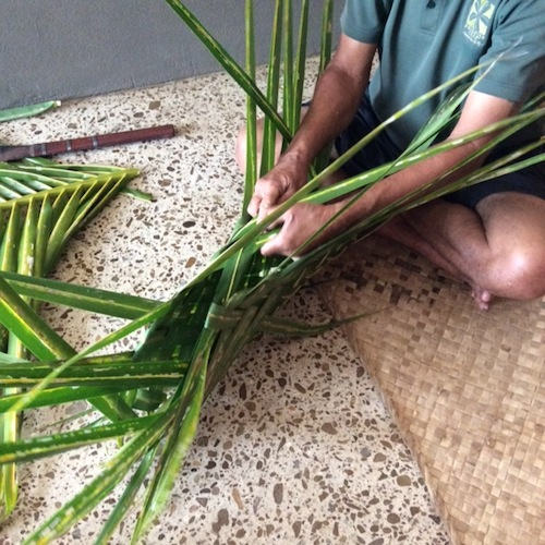 palm tree leaf weaving