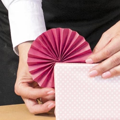 275 Best DIY Gift Box images | Diy gift, Gift box, Diy gift box | 500x500